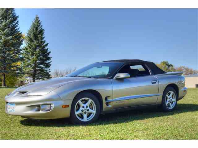 Picture of '01 Pontiac Firebird located in Watertown Minnesota - M7IV