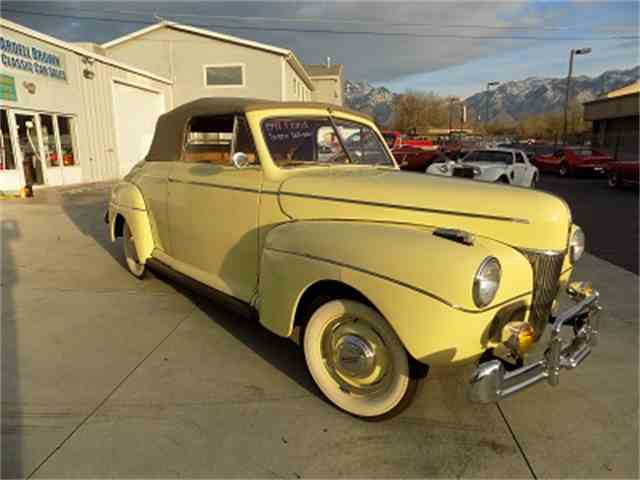 1941 Ford Super Deluxe | 1036304