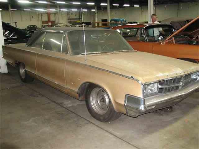 1965 Chrysler 300L | 1036369