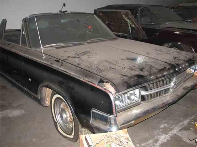 1965 Chrysler 300L | 1036377