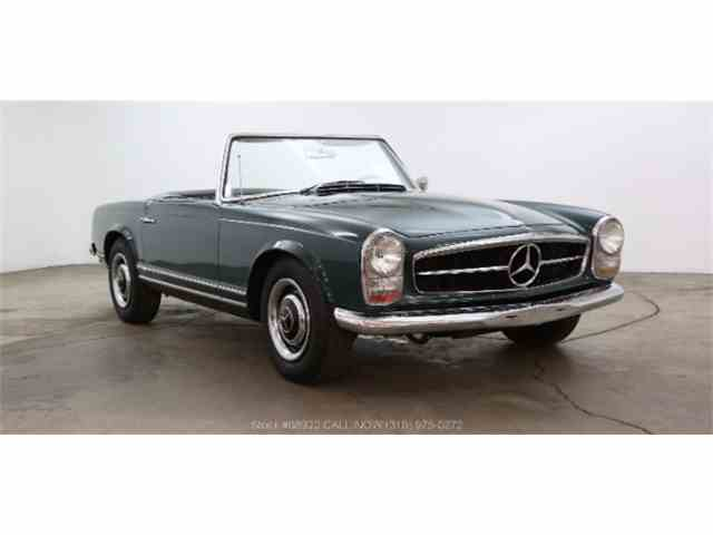 Picture of 1966 Mercedes-Benz 230SL located in Beverly Hills California - $49,500.00 - M7YD