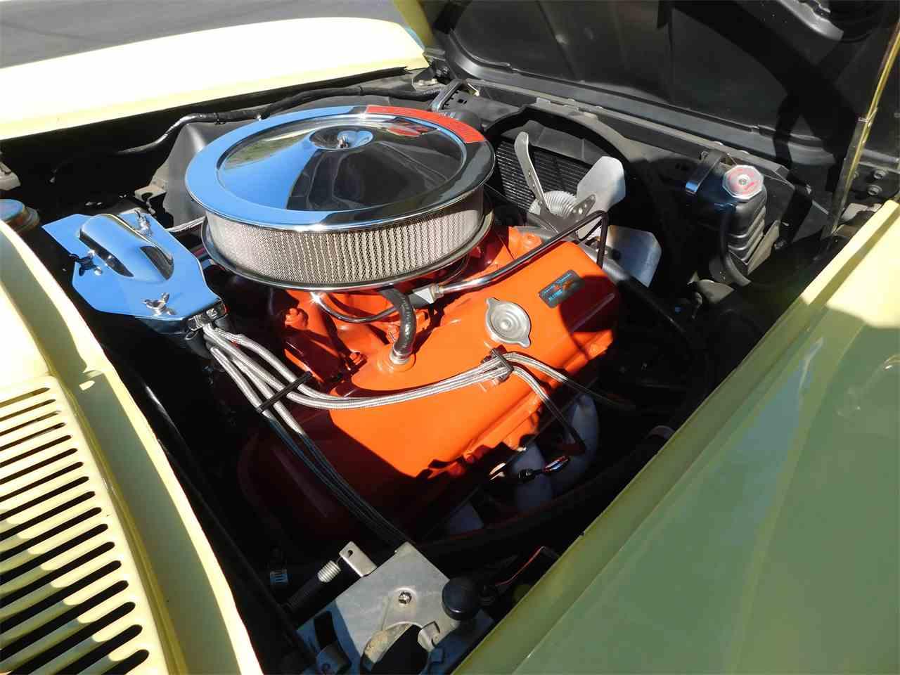 Large Picture of '66 Corvette - M81X