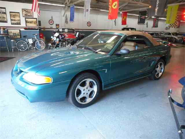 1997 Ford Mustang | 1037066