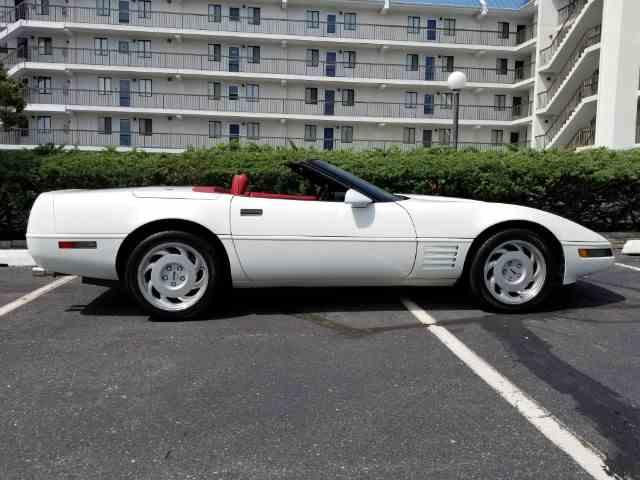1991 Chevrolet Corvette | 1037135