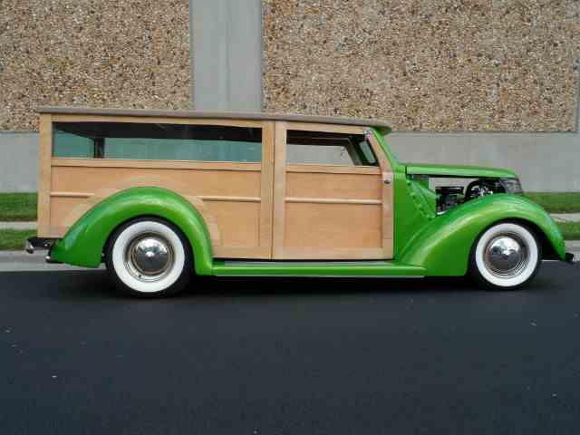 1937 Ford Wagon | 1037144
