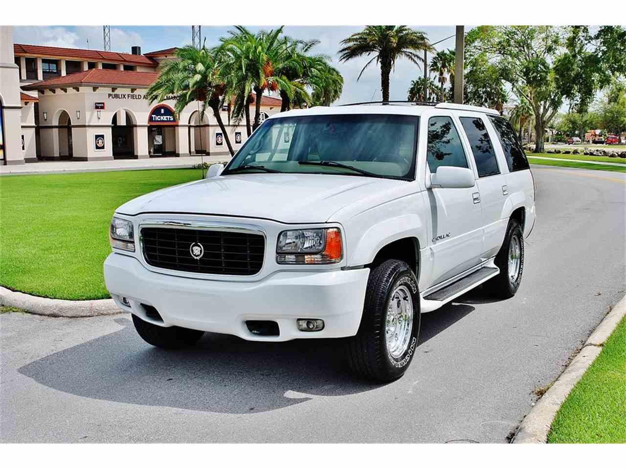 2000 Cadillac Escalade For Sale