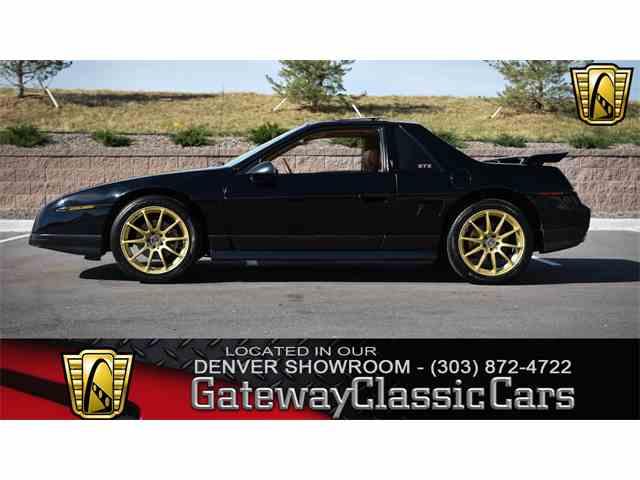1986 Pontiac Fiero | 1037228
