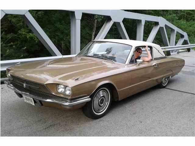 1966 Ford Thunderbird | 1037538