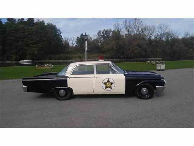 1961 Ford Fairlane 500 | 1037593