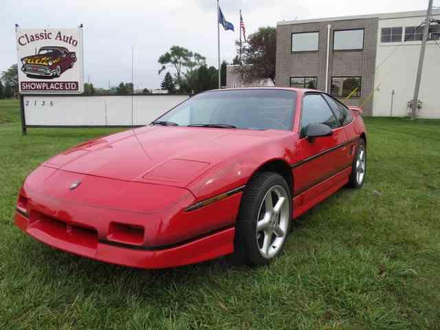 1988 Pontiac Fiero | 1037738