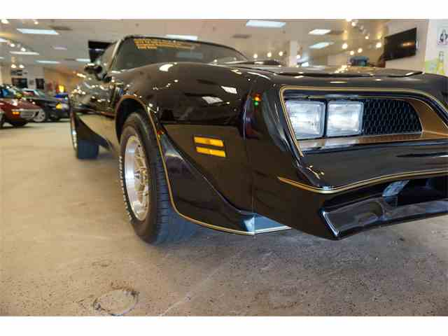 1977 Pontiac Firebird Trans Am | 1030780