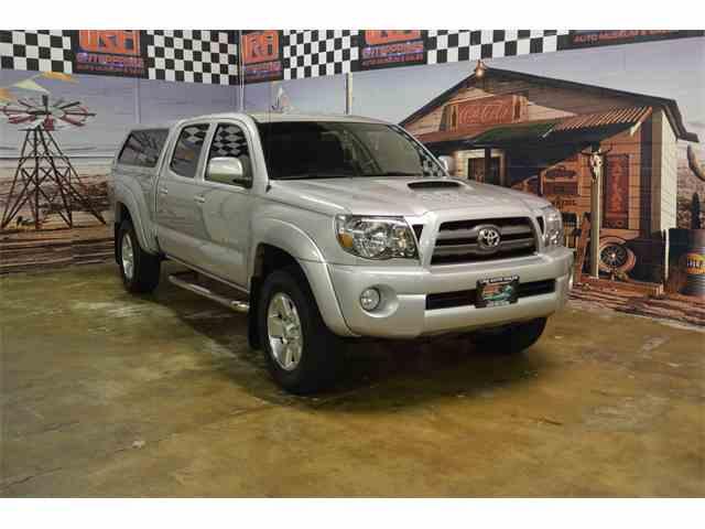 2010 Toyota Tacoma | 1037947