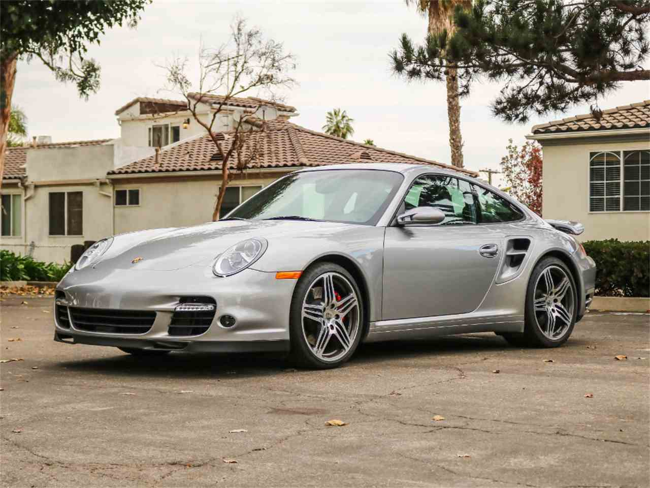 Large Picture of '07 Porsche 911 located in Marina Del Rey California Offered by Chequered Flag International - M8ZR