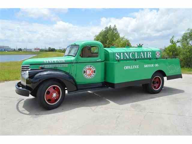 Picture of Classic 1946 Chevrolet Truck Offered by Frank's Car Barn - M90L