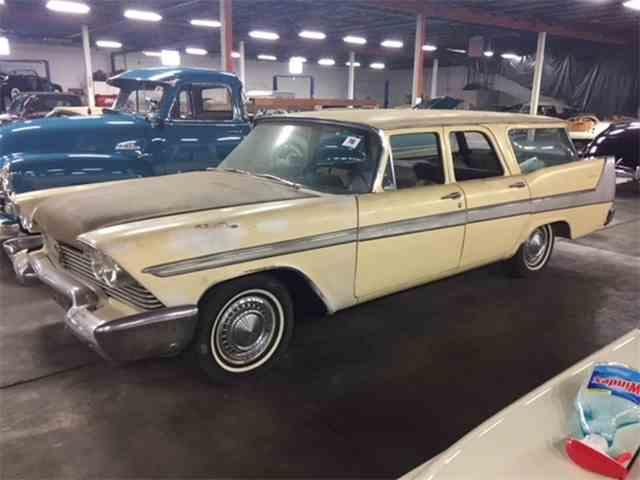 1958 Plymouth Suburban | 1038335