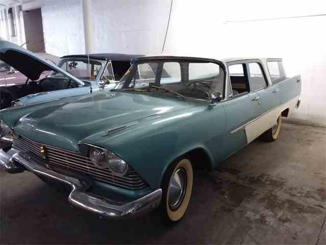 1957 Plymouth Suburban Custom | 1038337
