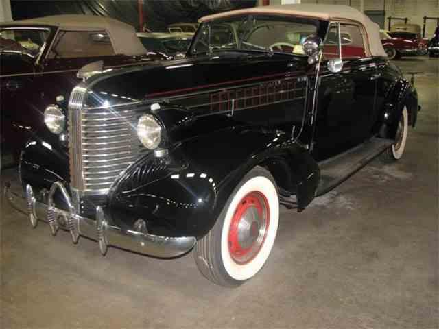 1938 Pontiac Deluxe 8 Silver Streak | 1038338