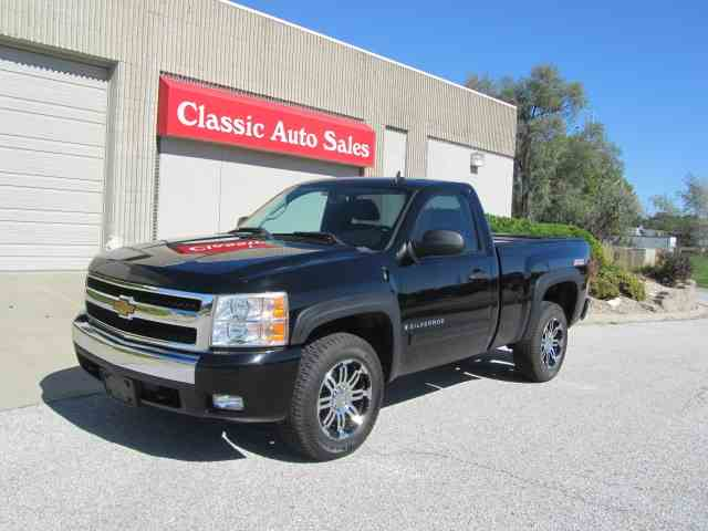 Picture of 2007 Silverado Offered by Classic Auto Sales - M3EV