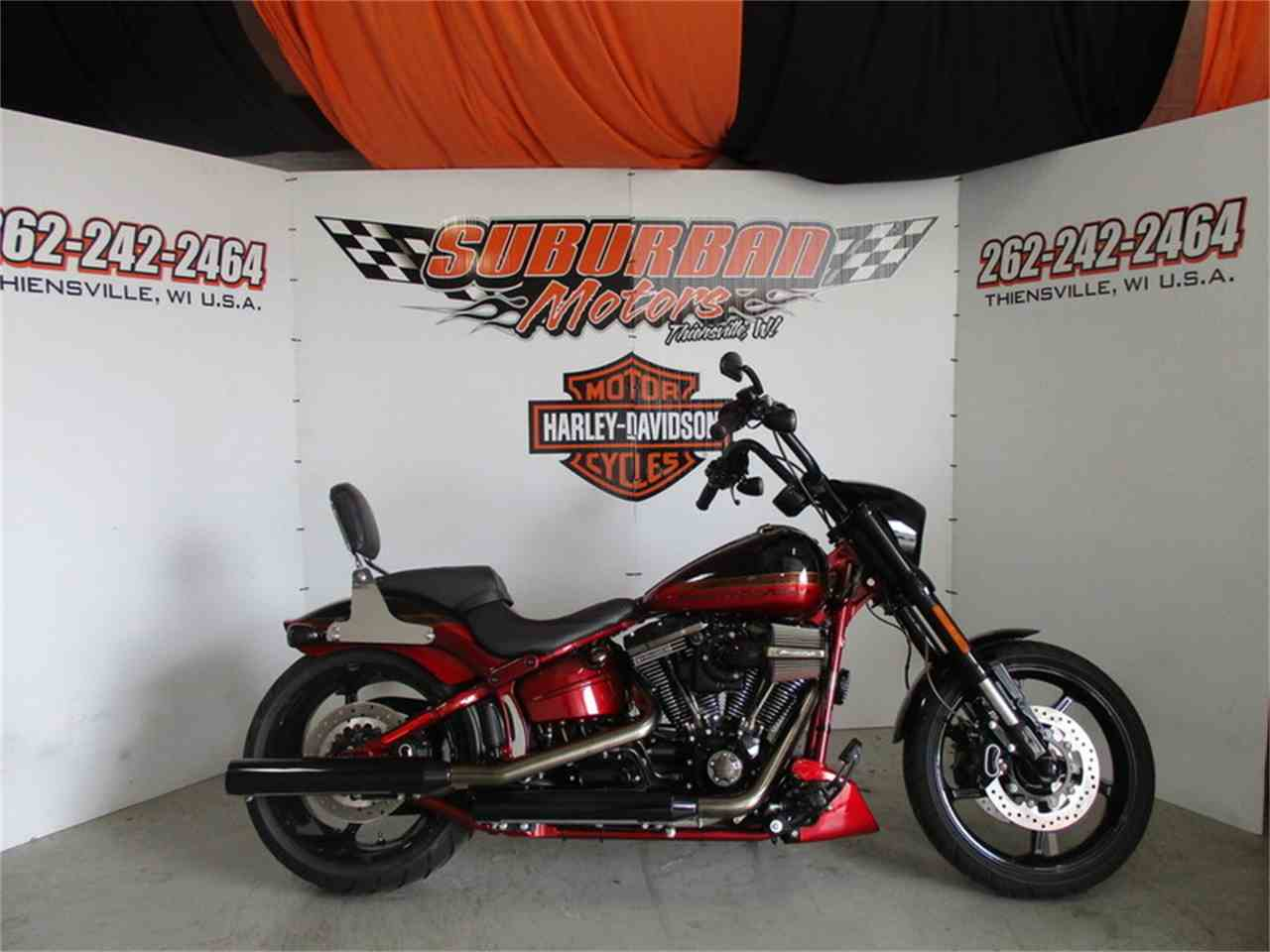 Large Picture of '17 FXSE - CVO™ Pro Street Breakout® - M9DG