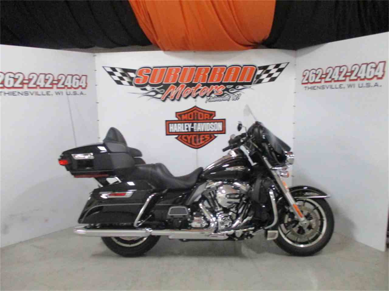 Large Picture of '16 FLHTCU - Electra Glide® Ultra Classic® - M9DY