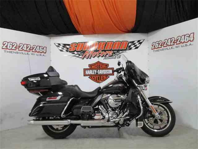 2016 Harley-Davidson® FLHTCU - Electra Glide® Ultra Classic® | 1038604