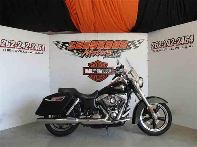 2012 Harley-Davidson® FLD - Dyna® Switchback™ | 1038605