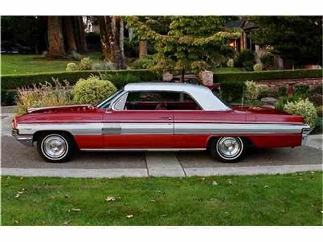 1962 Oldsmobile Starfire | 1030867