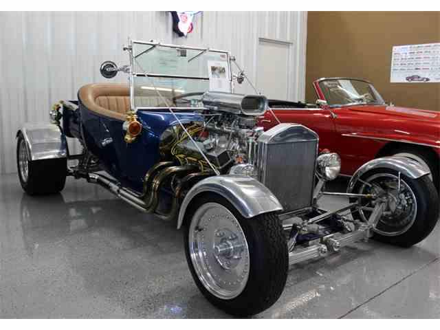 1923 Ford Custom | 1038690