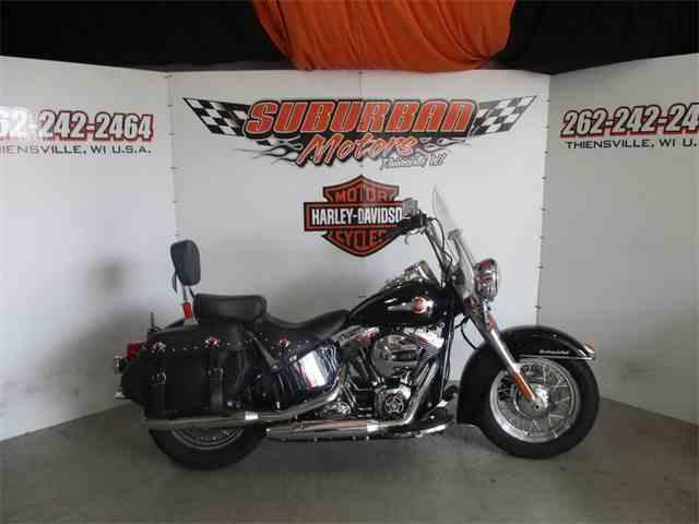 2016 Harley-Davidson® FLSTC - Heritage Softail® Classic | 1038695