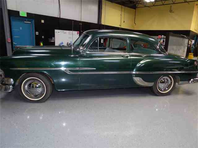 1953 Pontiac Chieftain   1038713
