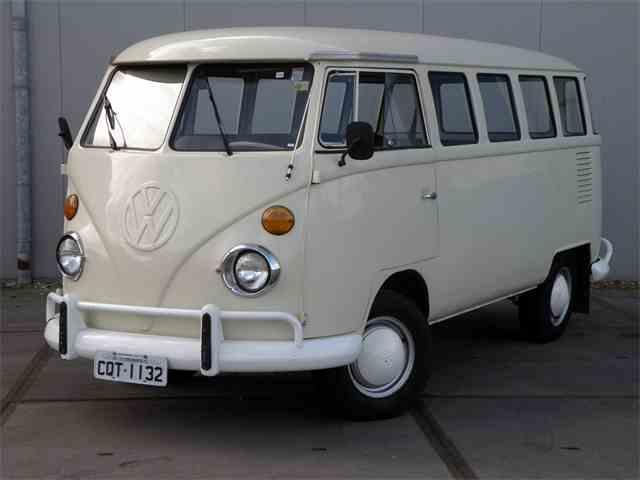 1974 Volkswagen Bus   1038732