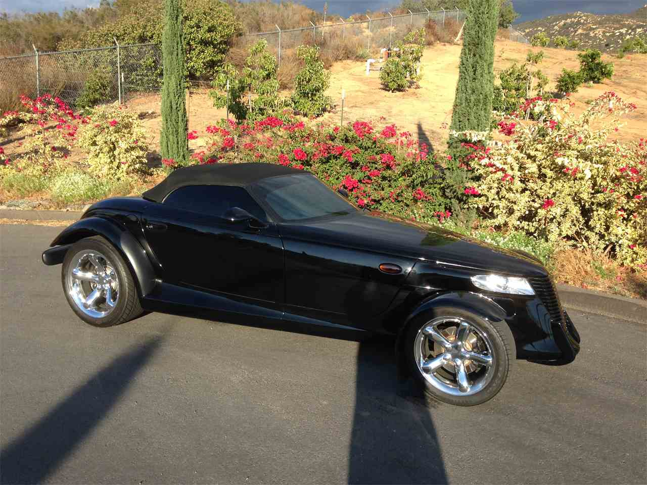 Large Picture of 2000 Plymouth Prowler located in Spring Valley California - M9JF
