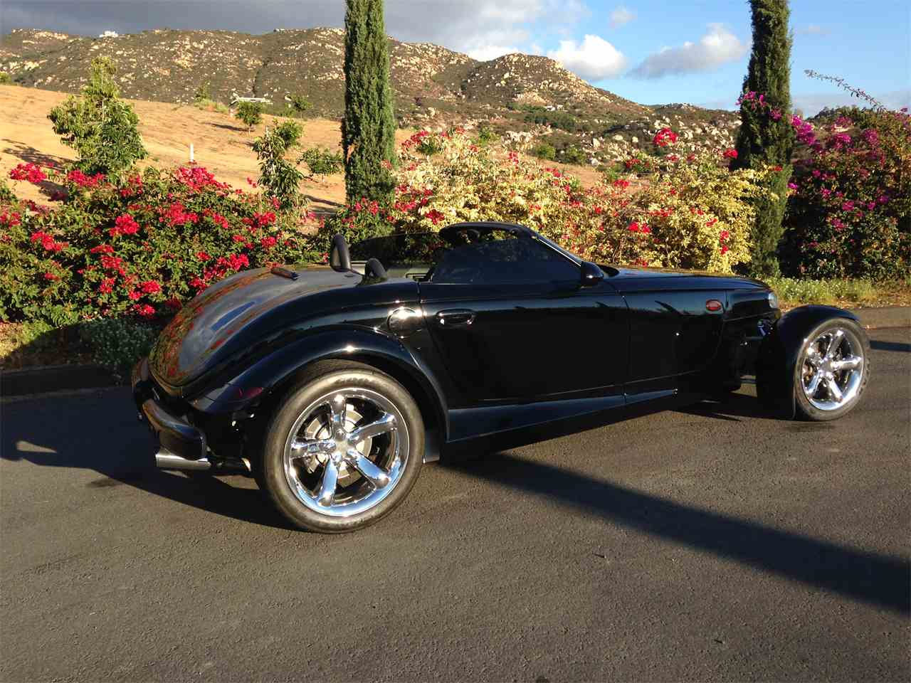 Large Picture of 2000 Plymouth Prowler located in California - $28,950.00 Offered by Affordable VIP Classics - M9JF