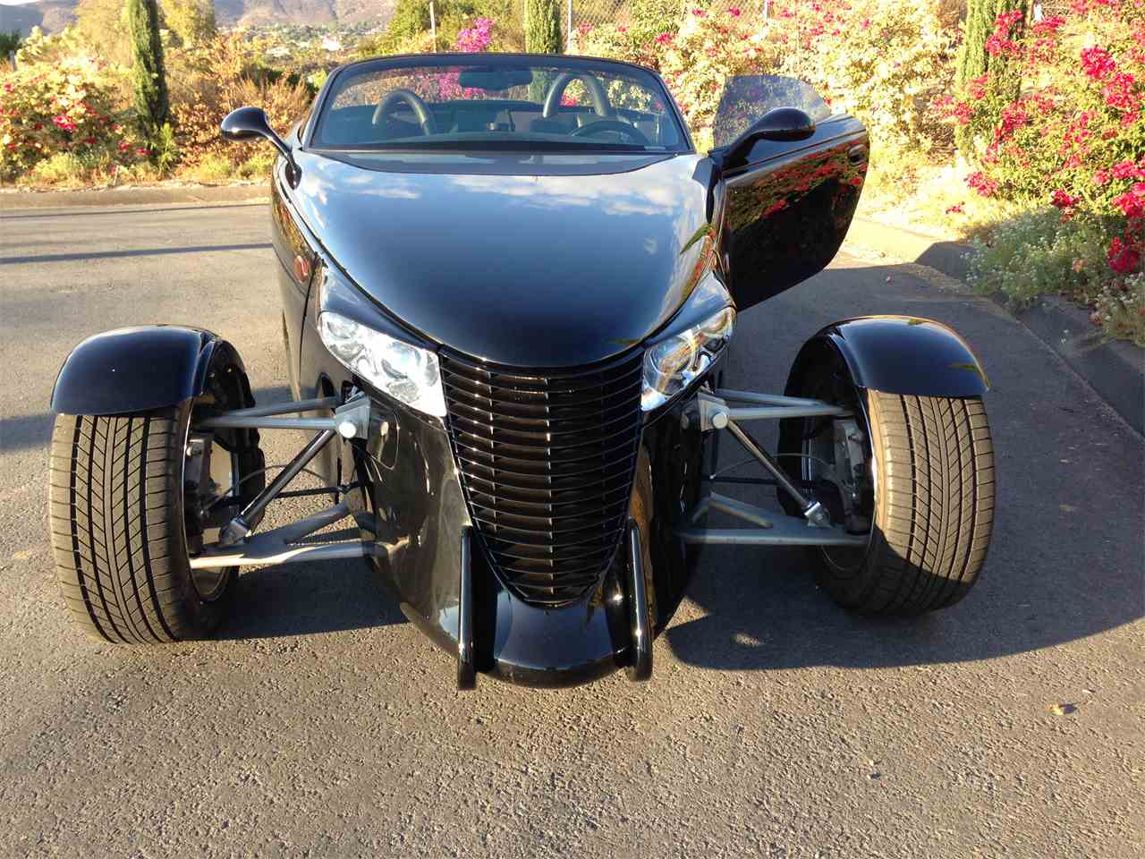 Large Picture of 2000 Prowler Offered by Affordable VIP Classics - M9JF