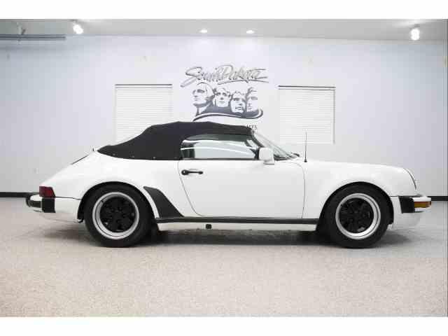 1989 Porsche 911 | 1038849