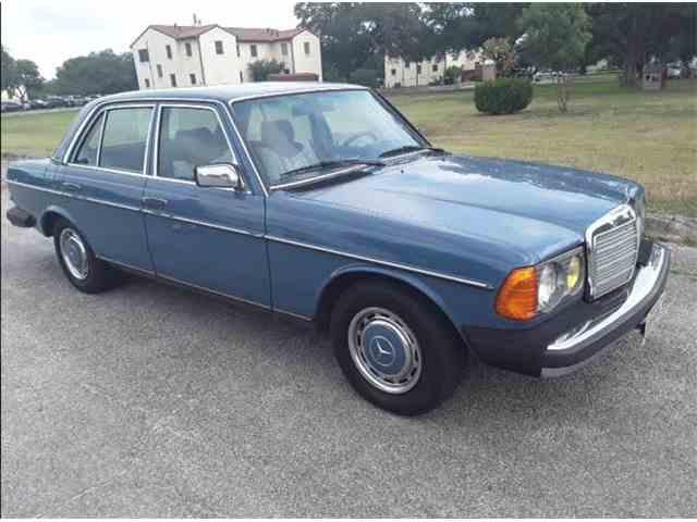 1983 Mercedes-Benz 240D | 1039112