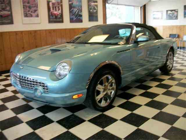 2002 Ford Thunderbird | 1039375