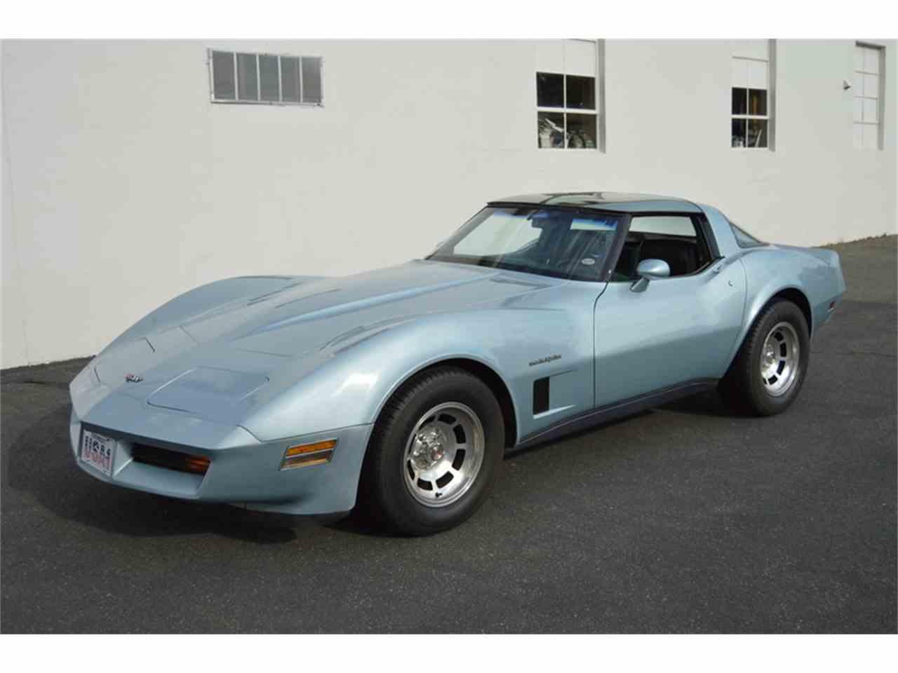 Large Picture of '82 Corvette - MA00