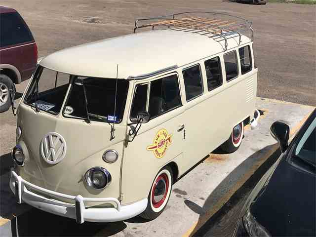 Picture of Classic '69 Volkswagen Bus Offered by a Private Seller - MA3A