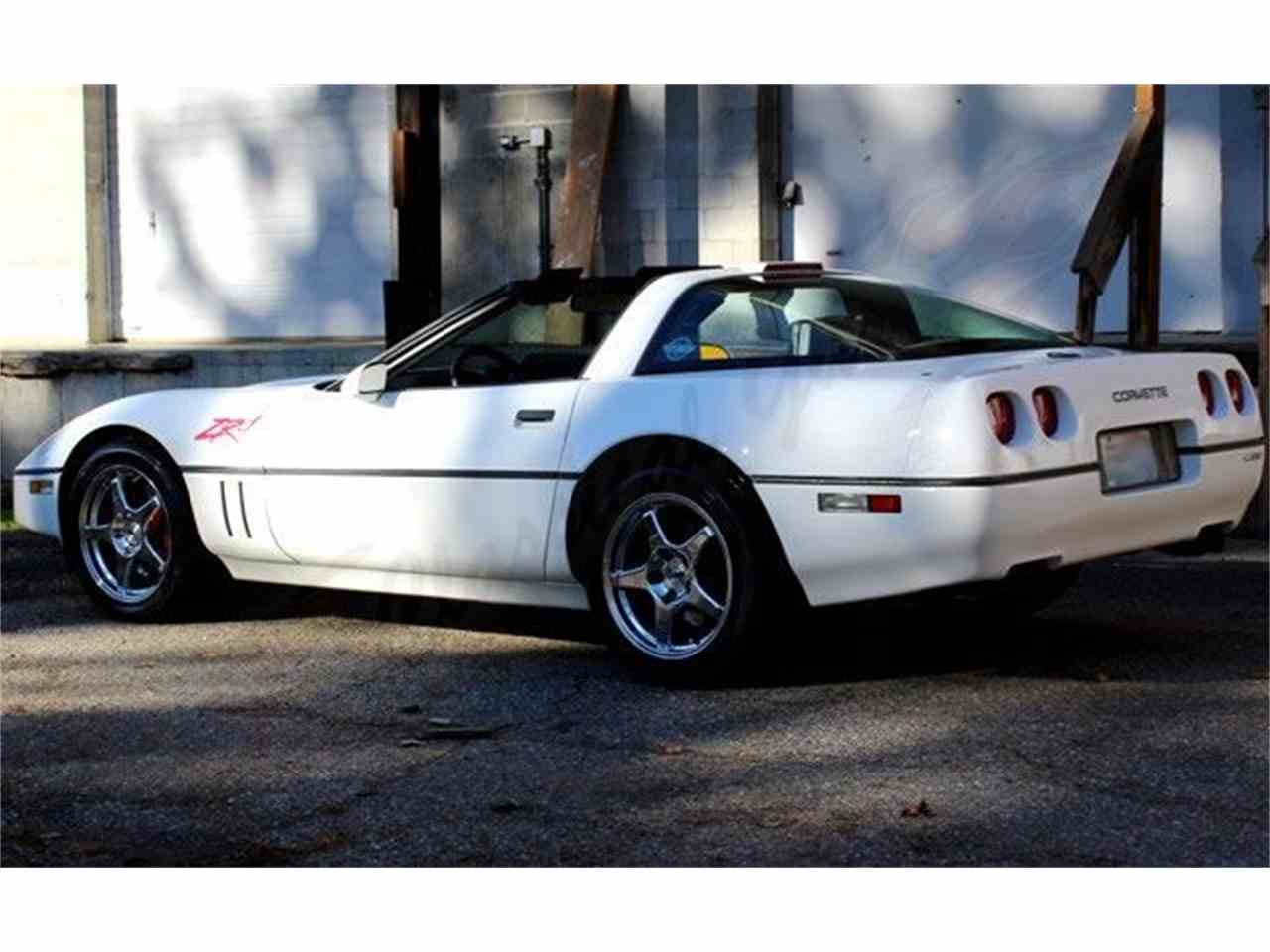 Large Picture of '90 Corvette ZR1 - MA3W