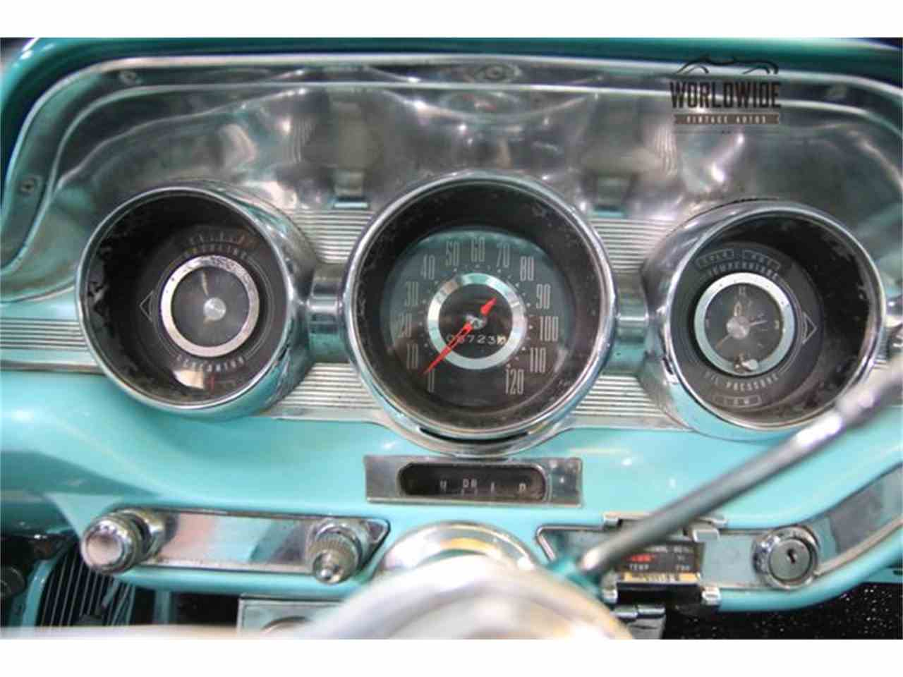 Large Picture of '59 Bonneville - MA7Q