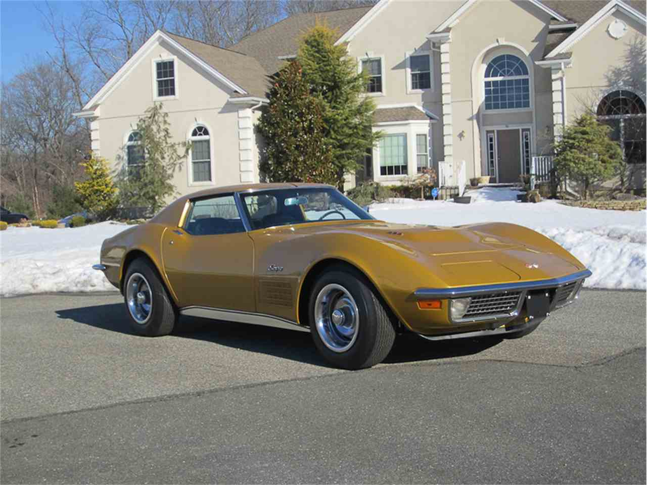 Large Picture of '71 Corvette - MAAU