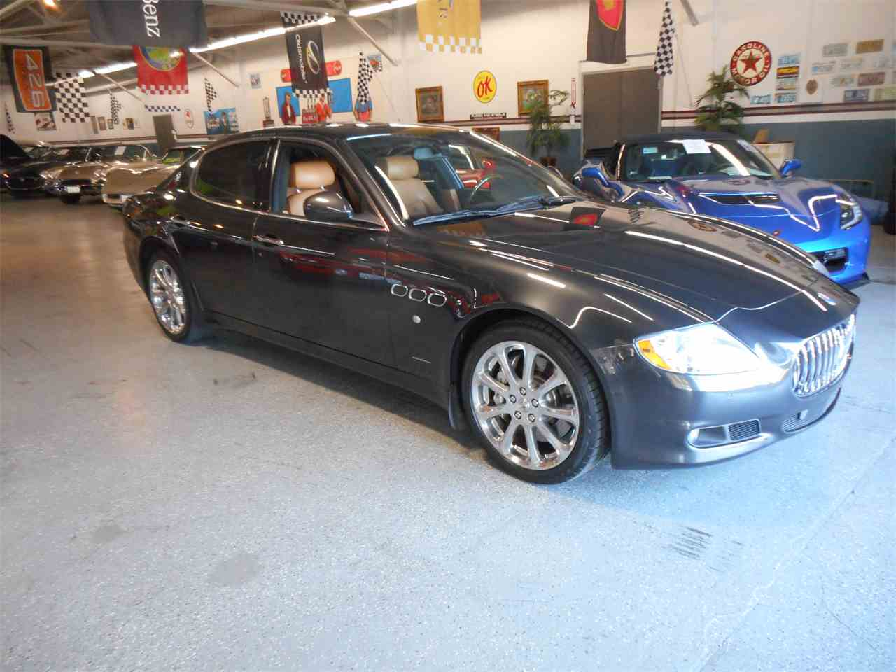 Large Picture of 2009 Maserati Quattroporte located in California - $39,900.00 Offered by Checkered Flag Classic Inc. - MAAV