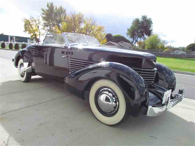 1937 Cord 812 | 1041139
