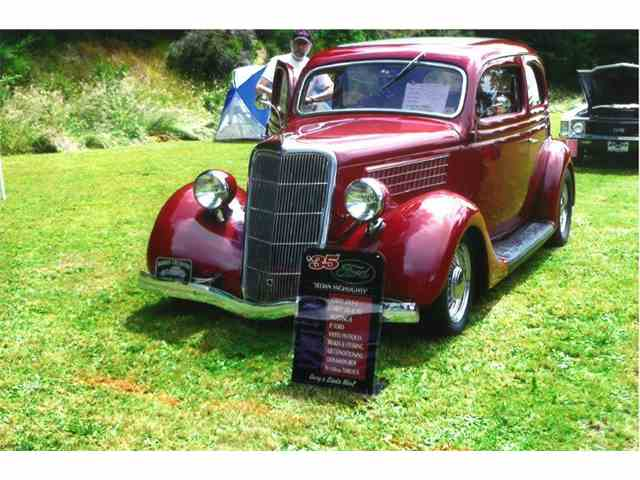 Picture of Classic 1935 2-Dr Sedan Offered by a Private Seller - MBFA