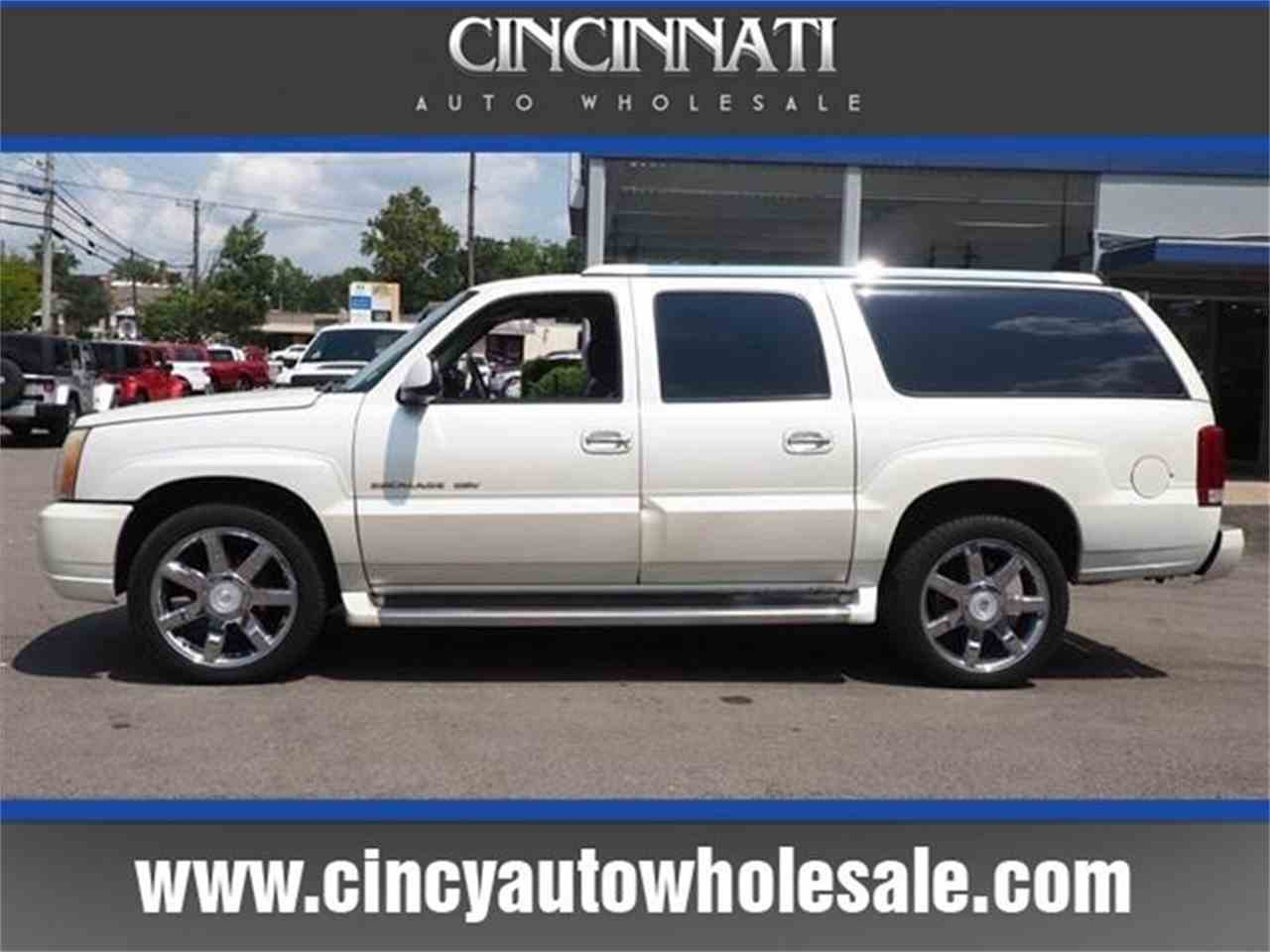 Large Picture of '03 Cadillac Escalade Offered by Cincinnati Auto Wholesale - MBL6