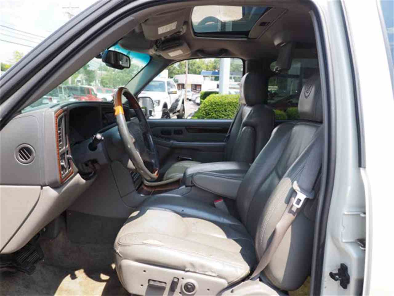 Large Picture of '03 Escalade - $3,000.00 - MBL6