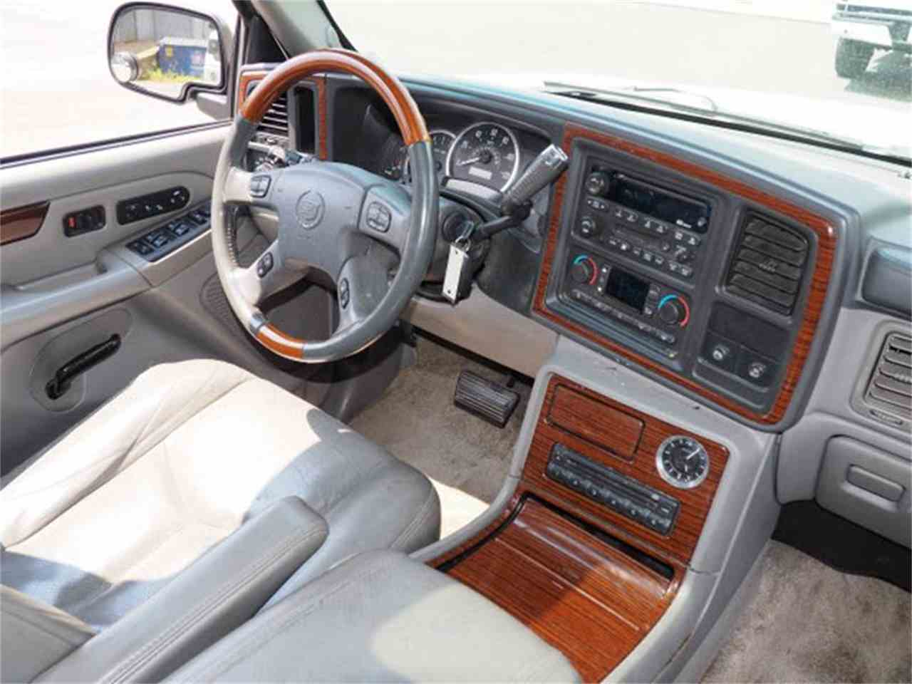 Large Picture of 2003 Escalade located in Loveland Ohio - MBL6