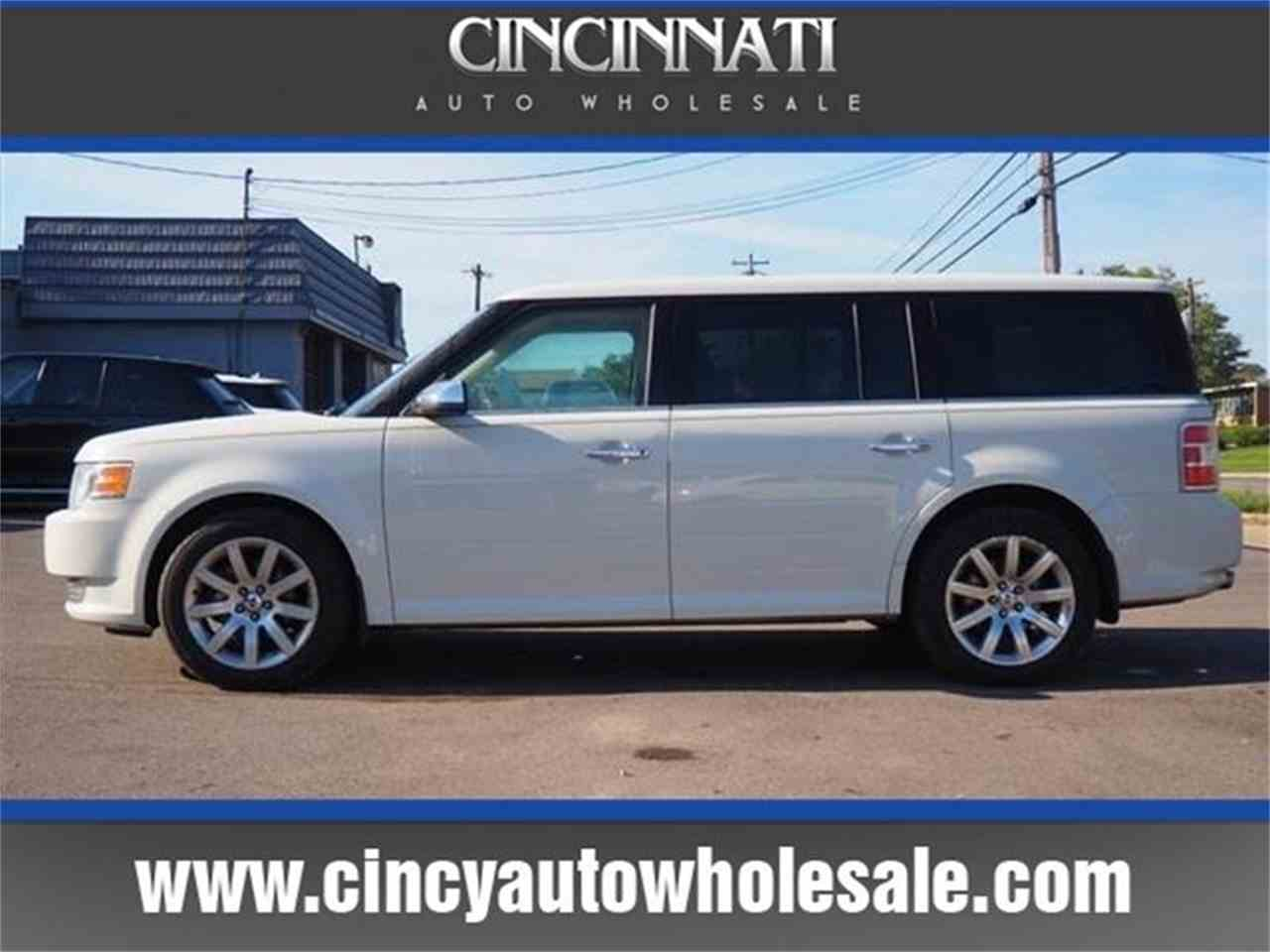 Large Picture of '09 Ford Flex - $9,800.00 Offered by Cincinnati Auto Wholesale - MBN3
