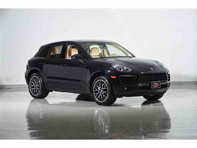 Picture of 2016 Macan located in Farmingdale New York Offered by Motorcar Classics - MBOO